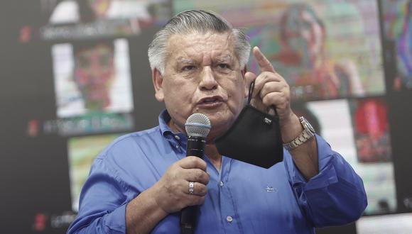 César Acuña explicó que los beneficiarios del plan Salvataje 2021 pasarán a ser deudores del Banco de la Nación. (Foto: César Campos / GEC)