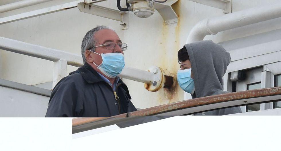 Con estos casos, se eleva a 61 el número de personas que se han visto infectadas en el crucero Diamond Princess por el brote surgido en la ciudad china de Wuhan. (AFP).
