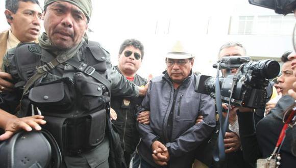 Amplían por siete días detención de dirigente Pepe Julio Gutiérrez. (Perú21)