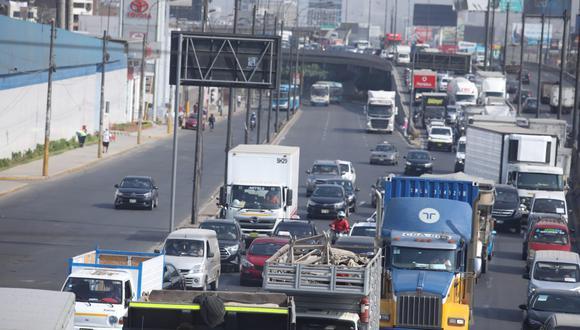 La hay congestión vehicular es un caso de todos los días, aseguran expertos. (Foto: Lino Chipana/ GEC)