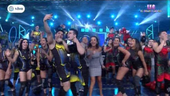 Nuevo hit de Thalía se apoderó de los participantes de 'Esto es guerra' en vivo. (Foto: Captura )