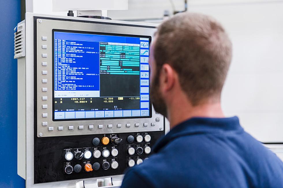 La carrera de ingeniería de software tiene un sueldo promedio mensual que asciende a S4,582. (Getty Images)