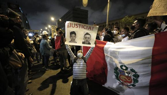 Las marchas fueron una expresión de repudio y rechazo al gobierno de Manuel Merino. (Foto: Leandro Britto / @photo.gec)