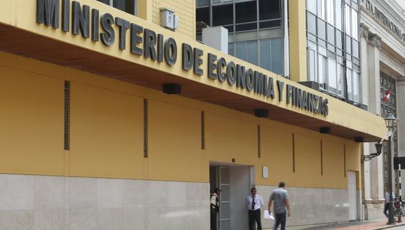En el presupuesto de 2019, las entidades no pudieron justificar S/ 2,000 millones en materia de remuneraciones y pensiones, afirmó el MEF. (Foto: GEC)