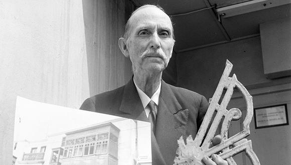El profesor Bruno Roselli rescató decenas de balcones del Centro de Lima. Foto: GEC Archivo Histórico