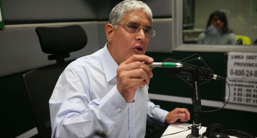 AMIGO DE TODOS. El Parlamento debe indagar hasta dónde llegan las conexiones ocultas del exoperador montesinista. (USI)