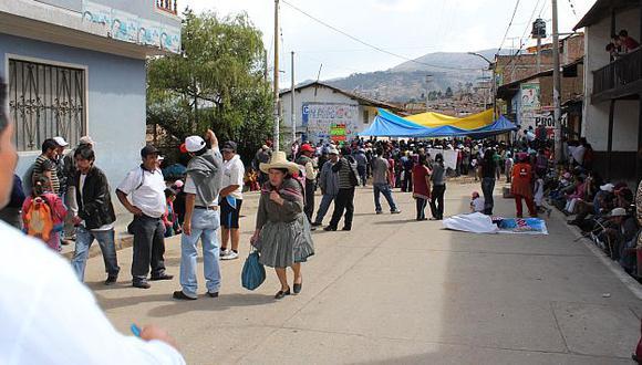 Dirigentes comuneros se negaron a desbloquear vías en señal de protesta. (Perú21)