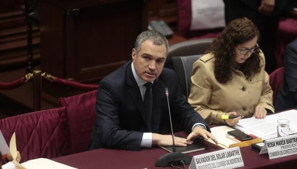 Premier Salvador del Solar llegó a la Comisión de Constitución