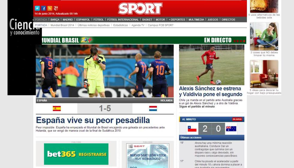 Sport destacó el mal juego de España y el fútbol arrollante de Holanda.