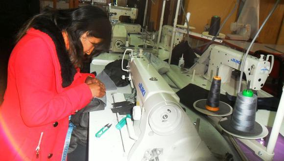 Taller de confecciones textil- Juliaca. (Foto: GEC)