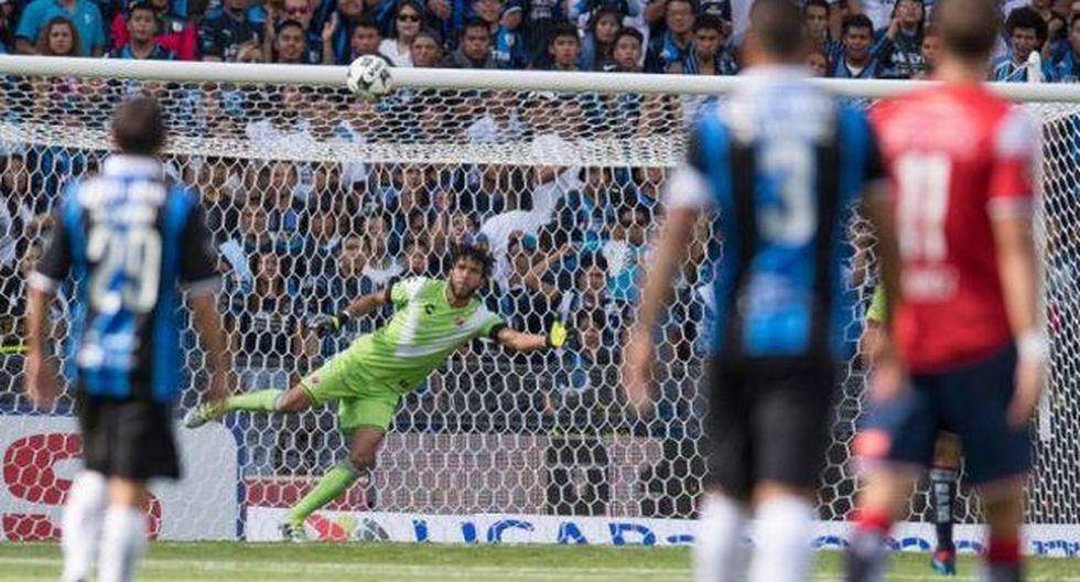 Pedro Gallese realizó esta espectacular atajada en su debut con el Veracruz en la Liga mexicana. (Twitter)