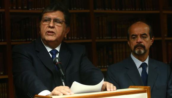 La defensa legal de Alan García analiza alcances de la citación. (Peru21)