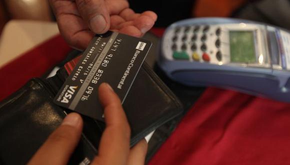 La 'trampa' del crédito. Por un préstamo, muchos usuarios terminan pagando un monto mayor al que tenían previsto. (USI)