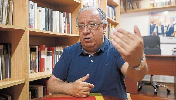 Fernando Tuesta advirtió que la Comisión de Constitución pone en riesgo el proyecto de elecciones internas. (Foto: GEC)
