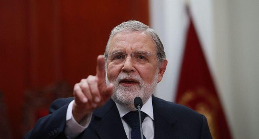 Ernesto Blume también hizo un llamado a la reflexión al fiscal Rafael Vela, quien criticó fallo del TC. (Foto: GEC)