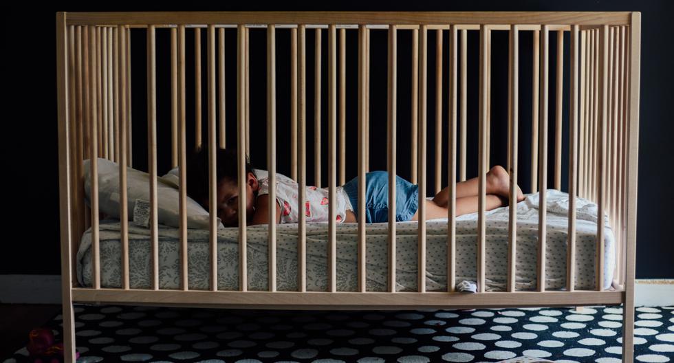 Una pequeña conquistó los corazones de todos en redes sociales con su adorable rutina nocturna. (Foto: Pexels/Referencial)