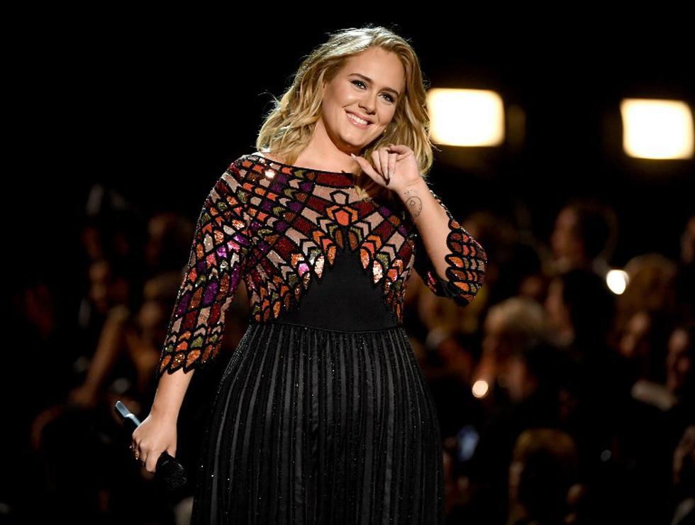 Adele se enfoca en su hijo tras separarse de su esposo (Foto: AFP)