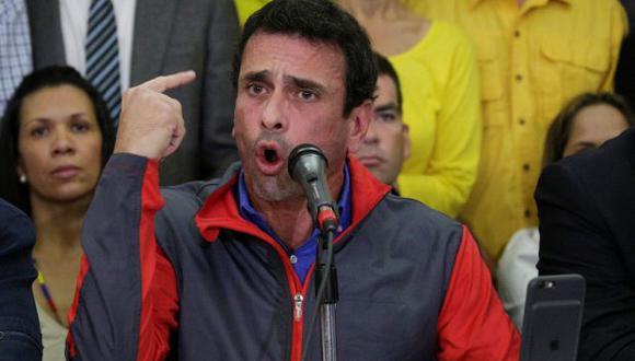"""""""El próximo miércoles vamos a tomar Venezuela de punta a punta, en cada rincón del país"""", dijo Capriles. (REUTERS)"""