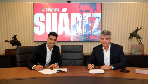 Luis Suárez firmó contrato con Atlético de Madrid. (Foto: @Atleti)
