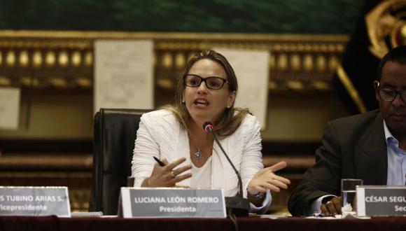 EN ACCIÓN. Luciana León proyecta terminar labor en el primer trimestre del 2017. (Renzo Salazar)