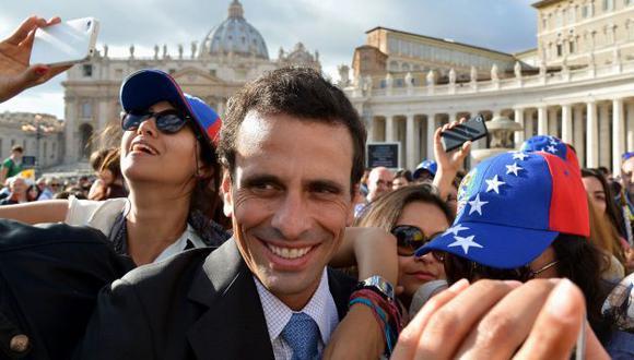 Henrique Capriles se reunió con el papa Francisco en el Vaticano. (AFP)
