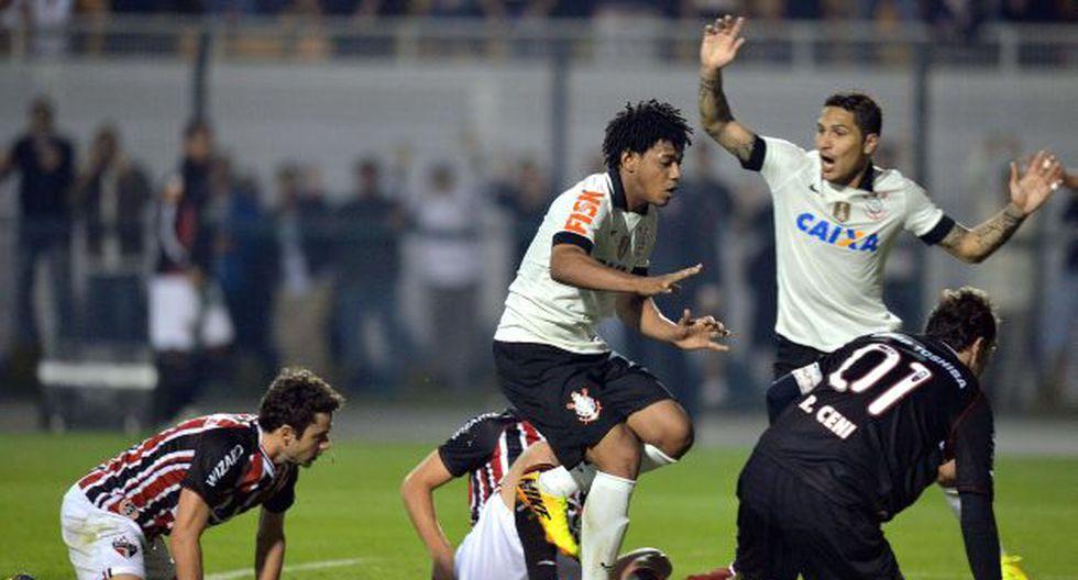 Paolo Guerrero no anotó, pero estuvo incisivo en ataque. (AFP)