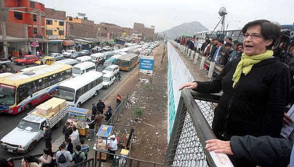 Villarán supervisó el transporte en Puente Nuevo. (Andina)
