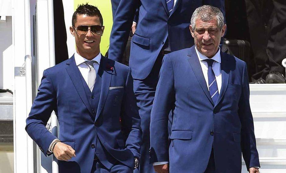 Fernando Santos asegura que Cristiano Ronaldo tiene para 3 o 4 años más de carrera. (Foto: EFE)