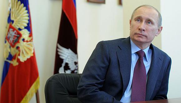 Vladimir Putin sería el vencedor en los próximos comicios presidenciales. (AP)