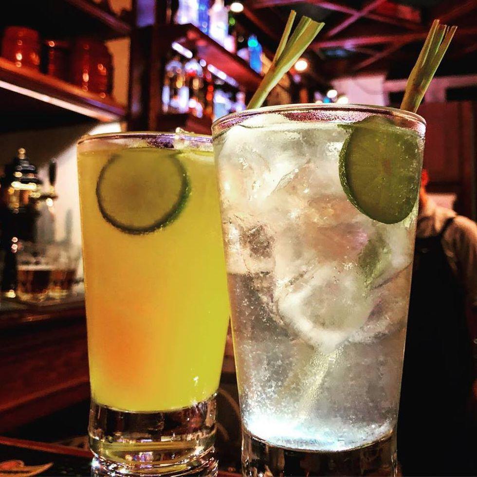 Este lúdico bar se caracteriza por ofrecer los mejores tragos del Centro de Lima. (Foto: Facebook El Estadio Bar)