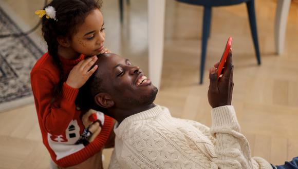 El 50% de padres considera a internet como su principal fuente de entretenimiento.