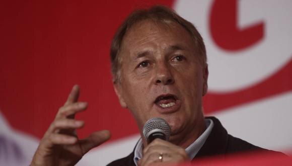 """Jorge Muñoz: """"En Lima todos nos merecemos vivir con dignidad"""". (CésarCampos/Perú21)"""