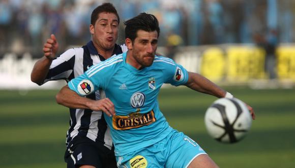 Duelo conocido. En el Alberto Gallardo, la celeste ganó 1-0. (USI)