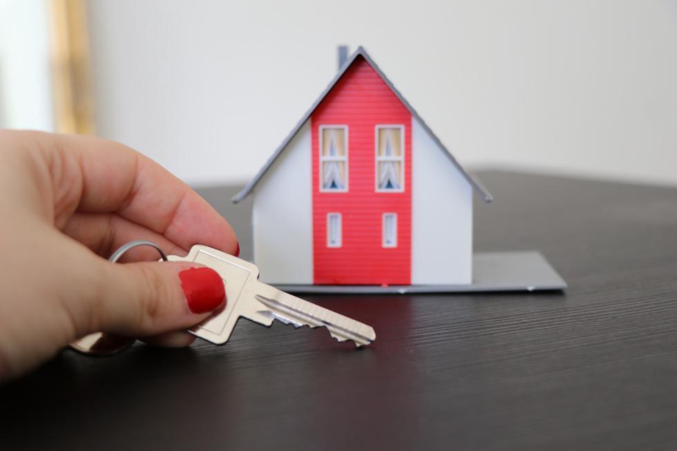 Pese a la crisis generada por la pandemia del COVID-19, los millennials representan el 43% de la demanda inmobiliaria en las operaciones de compra. Por ello, las entidades financieras han desarrollado diferentes productos con mayor flexibilidad y opciones de créditos hipotecarios enfocadas a este público con el objetivo de fomentar una decisión de compra. (Pixabay)