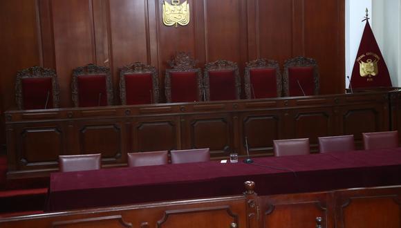 Seis de los siete magistrados del Tribunal Constitucional tienen el mandato vencido. (Foto: Alberto Valderrama / GEC)
