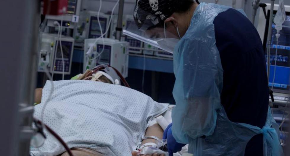 Chile, que vive desde comienzos de diciembre una segunda ola de contagios, alcanzó este jueves los 656.712 contagios desde el pasado marzo y sumó 90 nuevos fallecidos por el COVID-19. (Foto: EFE/Alberto Valdés/Archivo).