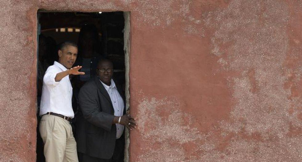 ATENTO. Obama, de gira en África, sigue de cerca caso de Snowden. (AP)