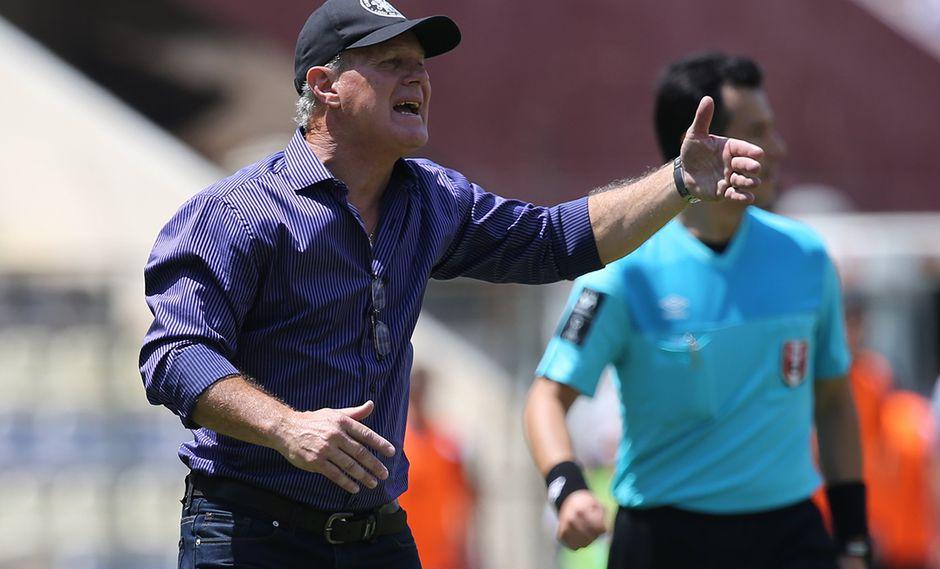 Carlos Ramacciotti confesó que sus jugadores lloraron en el vestuario. (Foto: Archivo GEC)