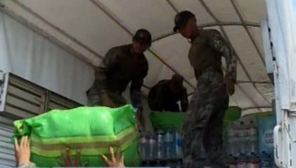 La ayuda recolectada consiste en agua, víveres no perecibles y prendas. (Foto: Captura/Canal N)