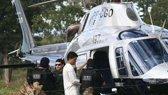 Esta es una imagen captada antes que la nave alzara vuelo. ((Foto: Benedito Braga/Jornal Hoje/AE)