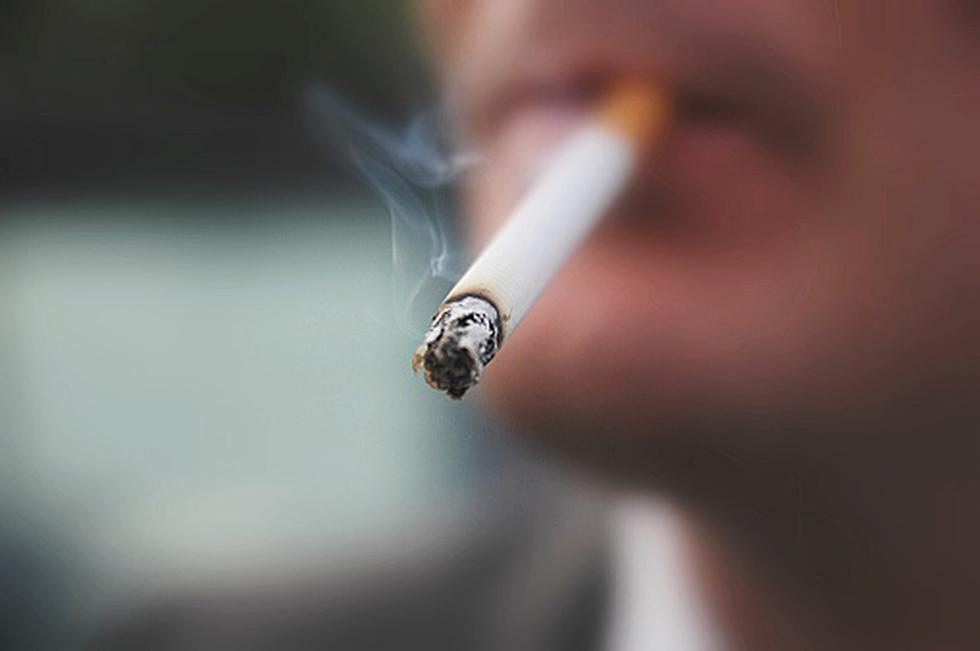 Cada año consumen unos 5,7 billones de cigarrillos. (Getty)