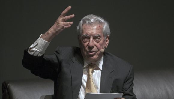 Álvaro Vargas Llosa informó de la posición de su padre sobre los resultados de la segunda vuelta electoral. (Foto: Julio César Aguilar para AFP)