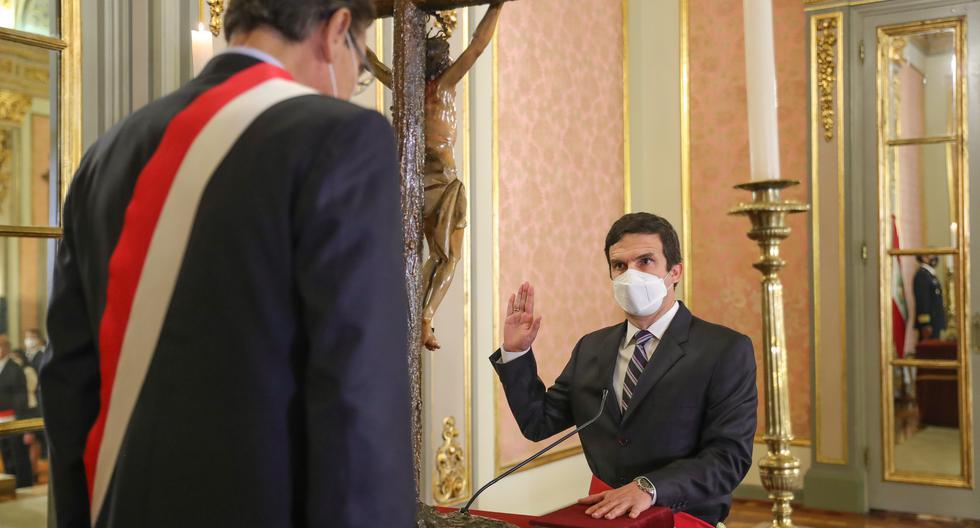 """Ministro Incháustegui reveló que lo buscaron y ofrecieron ser parte de """"seudo gabinete"""""""