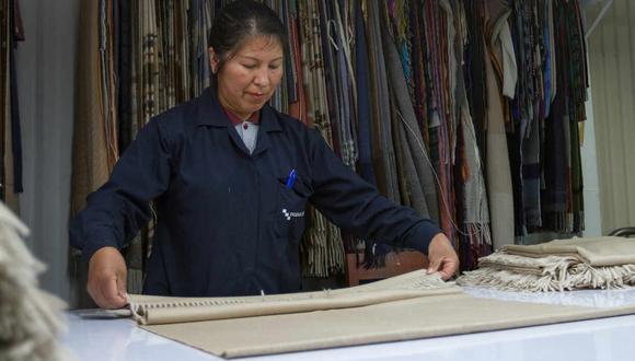 El sector de la fibra de alpaca busca salir de la crisis mirando el mercado extranjero y el comercio electrónico. (Foto: Incalpaca.com)