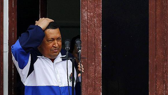 Chávez estaría admitiendo la gravedad de su cáncer al evaluar la designación de un delfín. (Reuters)