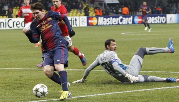 'PULGA' FENOMENAL. A punta de goles, Lionel Messi continúa escribiendo su propia historia. (Reuters)