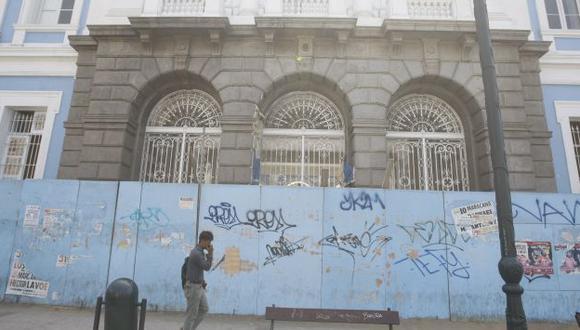 EN ABANDONO. Las clases en el Guadalupe se suspendieron en el 2011 por la inseguridad de sus instalaciones. (Mario Zapata)