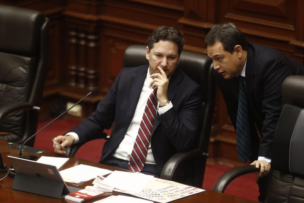 Este jueves el pleno del Congreso debatió sobre la denuncia constitucional contra el exfiscal de la Nación Pedro Chávarry. (Foto: César Campos / GEC)