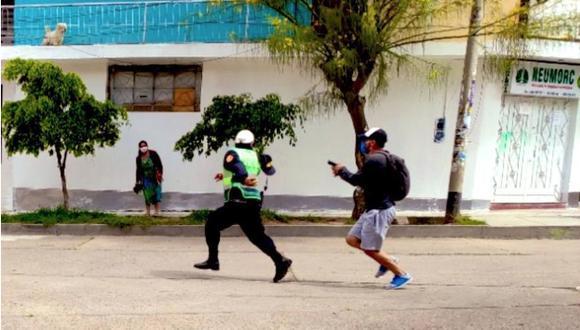Policía intentó escapar tras ser descubierto con dinero de supuesta coima. (PNP)