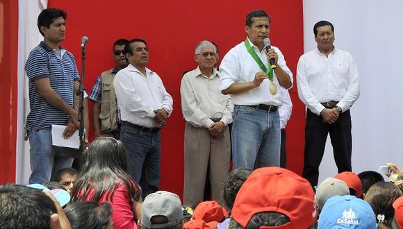 Ollanta Humala habló de asociación de medios durante un evento en Cañete. (Andina)